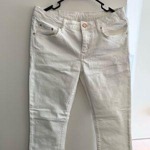 New without tag zara white denim straight size 6